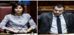Italiani non vogliono un giustiziere della notte! Mara Carfagna contro Matteo Salvini