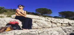 Ambra Angiolini hot in intimo e pantaloni in Croazia