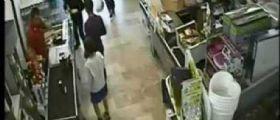 Udine, 16enne marina la scuola da dieci giorni e ruba al supermercato: Caccia al baby monello