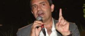 Napoli : De Magistris vuole introdurre una moneta parallela per cancellare i debiti della città
