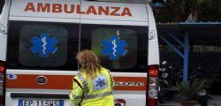 Incidente stradale a Foggia, auto fuori strada: morti papà e figlia di 4 anni