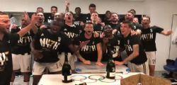 Juventus vince il 7° scudetto : la festa dei giocatori - Video