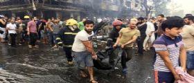 Strage a Baghdad, attacco Isis contro gli autobus dei pellegrini : Sono almeno 100 i morti accertati