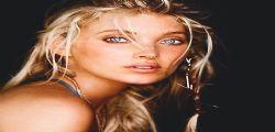 La modella svedese Elsa Hosk ha il lato B più bello di Instagram!