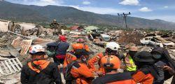 Indonesia : Oltre 1.000 dispersi dopo terremoto e tsunami, più di 1.500 morti