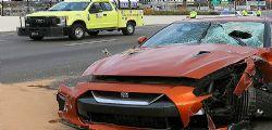 Blocco di cemento da un ponte! automobilista 54enne colpito muore sul colpo