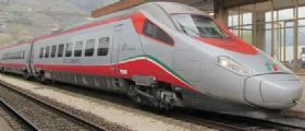 Bolzano : Odigno con sette molotov sul Frecciargento diretto a Roma