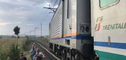 Treno deraglia sulla Viterbo-Orte-Roma a causa di detriti
