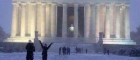 Stati Uniti / Tempesta di neve Jonas su Washington :  10 morti