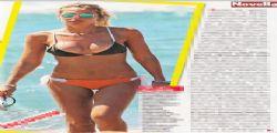 Ilary Blasi in forma e sexy a Sabaudia