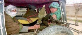 Afghanistan, talebani attaccano una pattuglia di polizia : 5 morti e 9 feriti