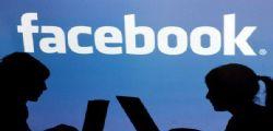 Sicurezza Facebook : Post privati resi pubblici per 14 milioni di utenti