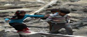 Yemen, bombe aeree sulla scuola : Uccisi 10 bambini, 28 i feriti