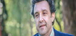 Flavio Insinna : Acqua Rocchetta chiede danni per 2 milioni di euro