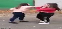 Cattiveria inaudita! 14enne picchiata barbaramente da 5 coetanee...  non potrà più avere figli