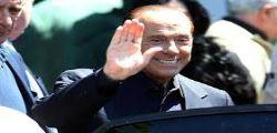Torno a fare campagna elettorale! Silvio Berlusconi dimesso dal San Raffaele