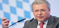 Il Deputato tedesco Ferber : Nello scenario peggiore la Troika dovrebbe invadere Roma e prendere in mano il Ministero del Tesoro