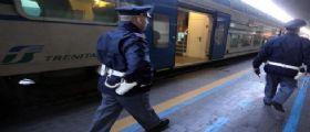 Milano - Palpeggia ragazza sul treno e tenta di violentarla in bagno: Arrestato senegalese 40enne