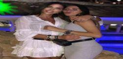 Shopping mano nella mano! Guendalina Tavassi e la figlia Gaia Nicolini, arriva la soffiata sul loro vero rapporto