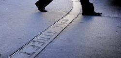 Wall Street : Via due Manager per molestie