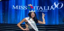 Carolina Stramare in lacrime a Vieni da me! Miss Italia piange per la mamma scomparsa