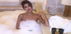 Cristina Buccino nuda e sexy nella vasca da bagno