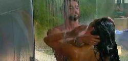 Grande Fratello 2014 | Diletta e Roberto sotto la doccia | Gf 13 Diretta Streaming Mediaset