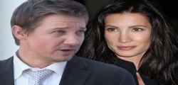 Ha tentato di uccidermi! La Star di Avangers Jeremy Renner accusato dalla moglie