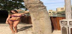 Che bikini Jessica Melena! La moglie di Ciro Immobile si scalda a Dubai