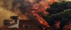 Grecia, si aggrava il bilancio dei morti negli incendi che stanno devastando Attica : Saliti a 74