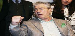 Umberto Bossi non è aiutato dal processo!