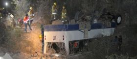 Messico : Bus sbanda e finisce nel burrone, 10 morti e 26 feriti