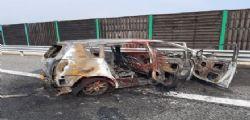 Lo schianto, poi l'auto in fiamme! Padre e figlia piccola muoiono in un modo atroce