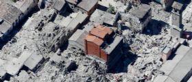 Terremoto - Amatrice : Crolla il Palazzo della Banca che aveva resistito al sisma del 24 agosto
