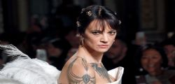 Asia Argento e la decisione dopo il suicidio del compagno Anthony Bourdain