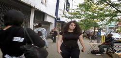 Shoshana Roberts fa vedere quante molestie una donna riceve tutti i giorni!