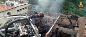 Padova : brucia una casa e crolla il tetto