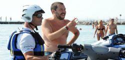Il figlio di Matteo Salvini su moto, indagati agenti