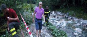 Udine : Tutti sul ponte a fare la foto poi il crollo nel torrente