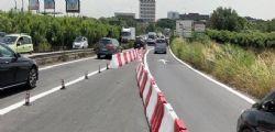 Auto giù dal viadotto a Roma : Grave il conducente