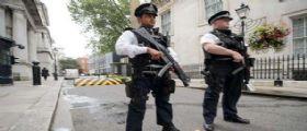 Londra, 2 sparatorie in diversi posti durante la notte : Muore una ragazza 17enne, grave un 16enne.