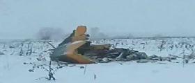 Russia/ Aereo precipitato con 71 persone a bordo : Recuperata 2° scatola nera
