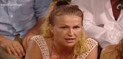 Isola dei Famosi : Eva Henger ritira le accuse a Francesco Monte e Nadia Rinaldi