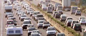 Incidente Gra Roma : Auto investe un operaio