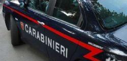 Monza : 30enne esce da casa del fidanzato e tenta di buttarsi da un tetto : aveva solo la biancheria intima