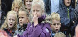 Danimarca  : Leonessa dissezionata davanti ai bambini!