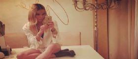 Nina Moric tenta il suicidio in casa e si taglia le vene!
