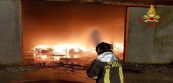 Savona : incendio azienda rifiuti, paura disastro ambientale