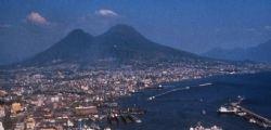 Vesuvio : Secondo il vulcanologo Nakada Setsuya erutterà
