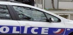 Francia : bimba chiusa in auto dalla nascita